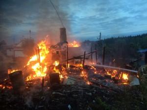 В тарусском районе сгорел жилой дом
