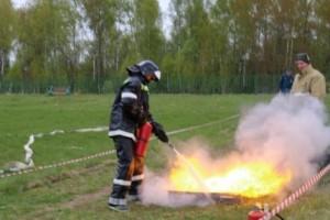 Юные пожарные в борьбе определят лучших